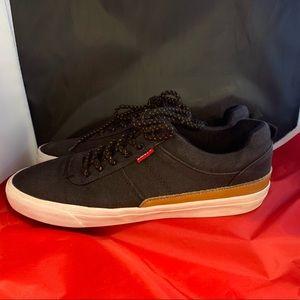 Levi's Canvas Sneakers NWOT Sz 8